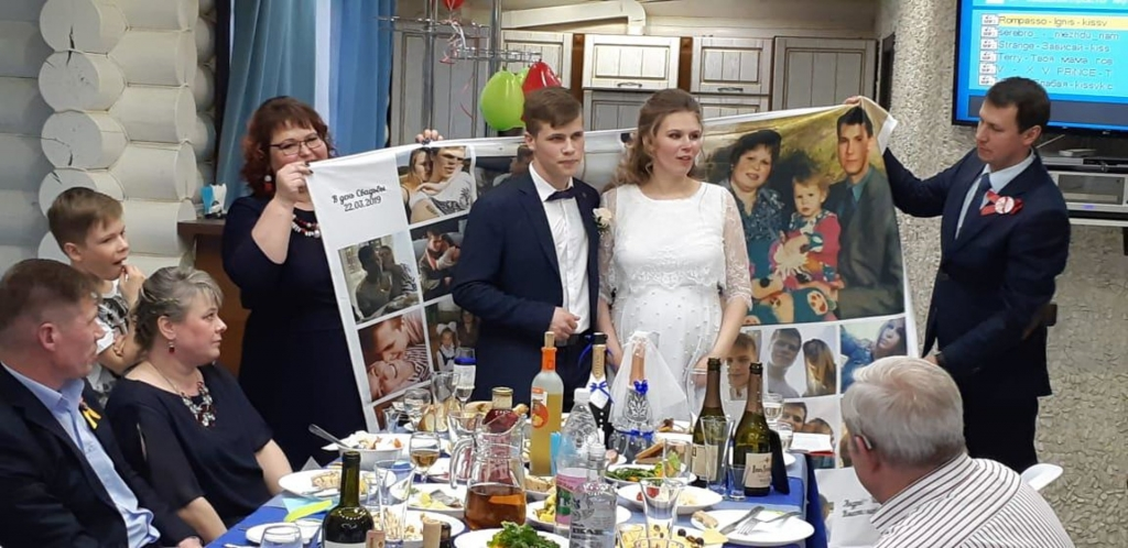 Фотоплед в подарок на свадьбу