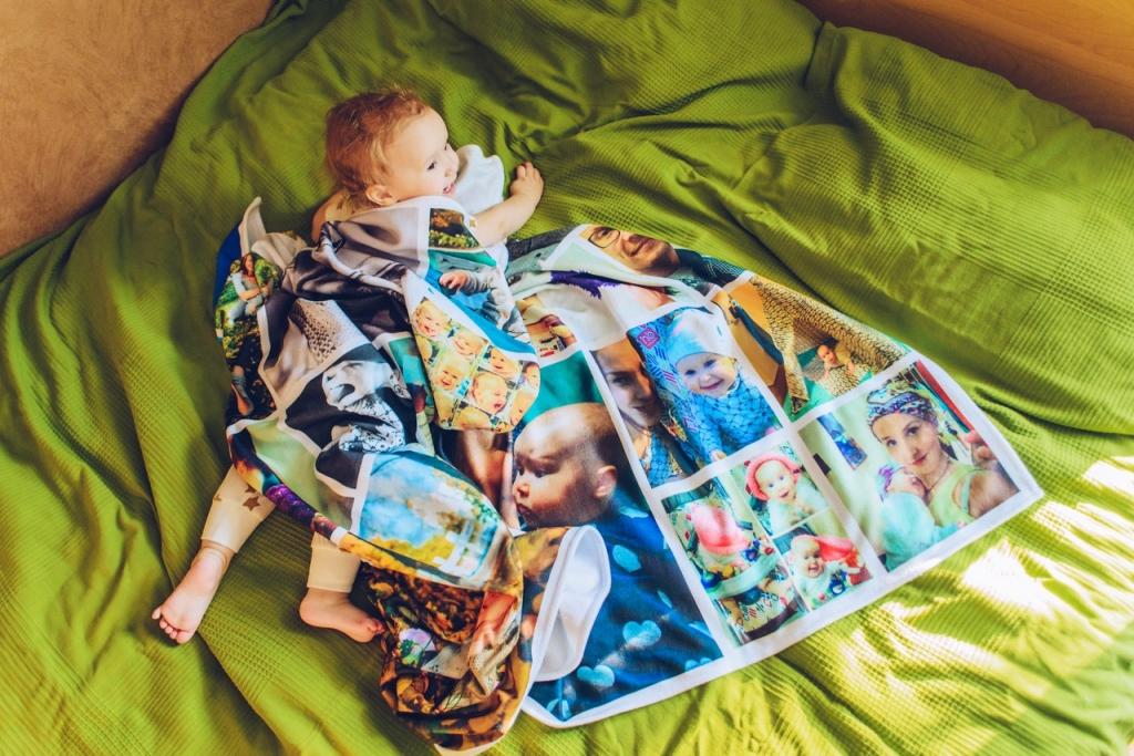 одеяло с вашими фотографиями вариант хорош