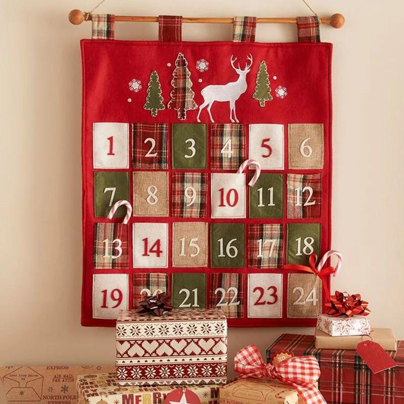 Адвент-календарь в виде полотна с кармашками