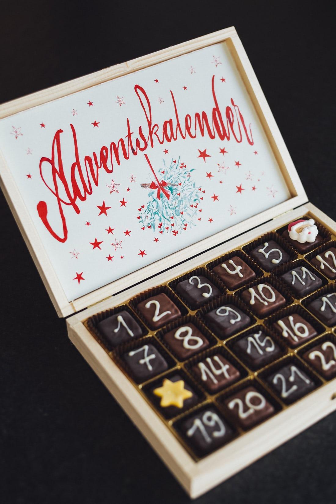 Адвент-календарь шоколадные конфеты