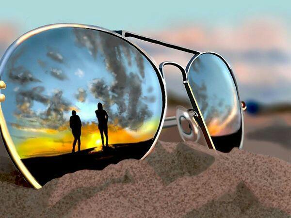 как можно оригинально сфотографироваться с солнечными очками