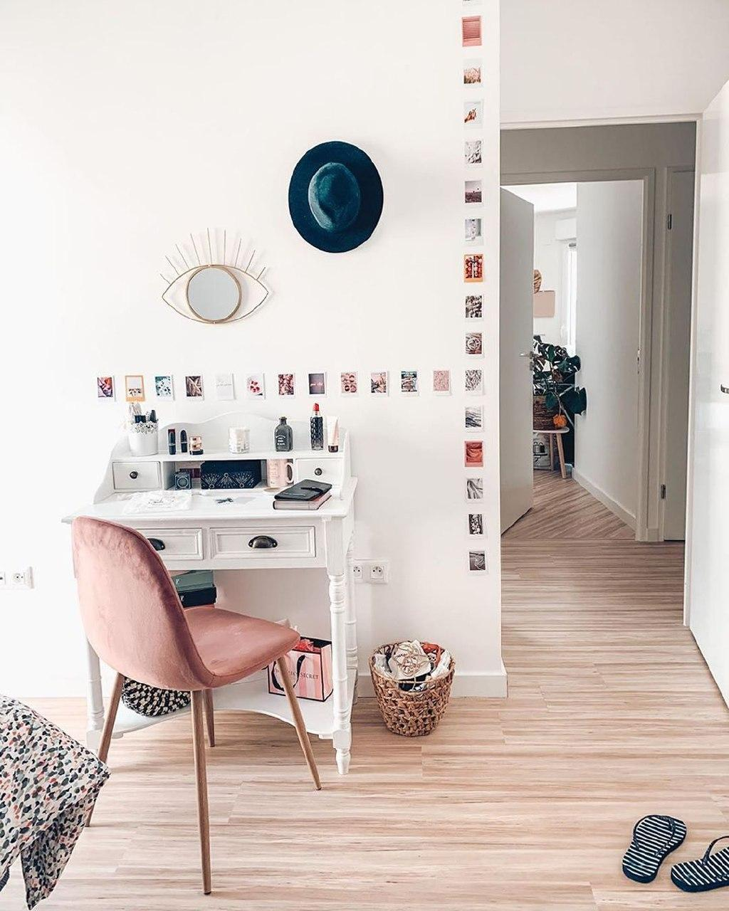 Как лучше украсить комнату фотографиями