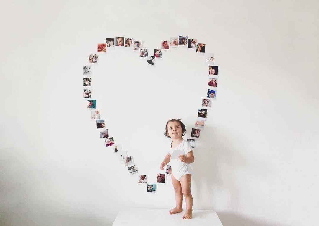 Фото на стене в виде сердца
