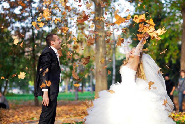 как красиво сфоткать свадьбу осенью