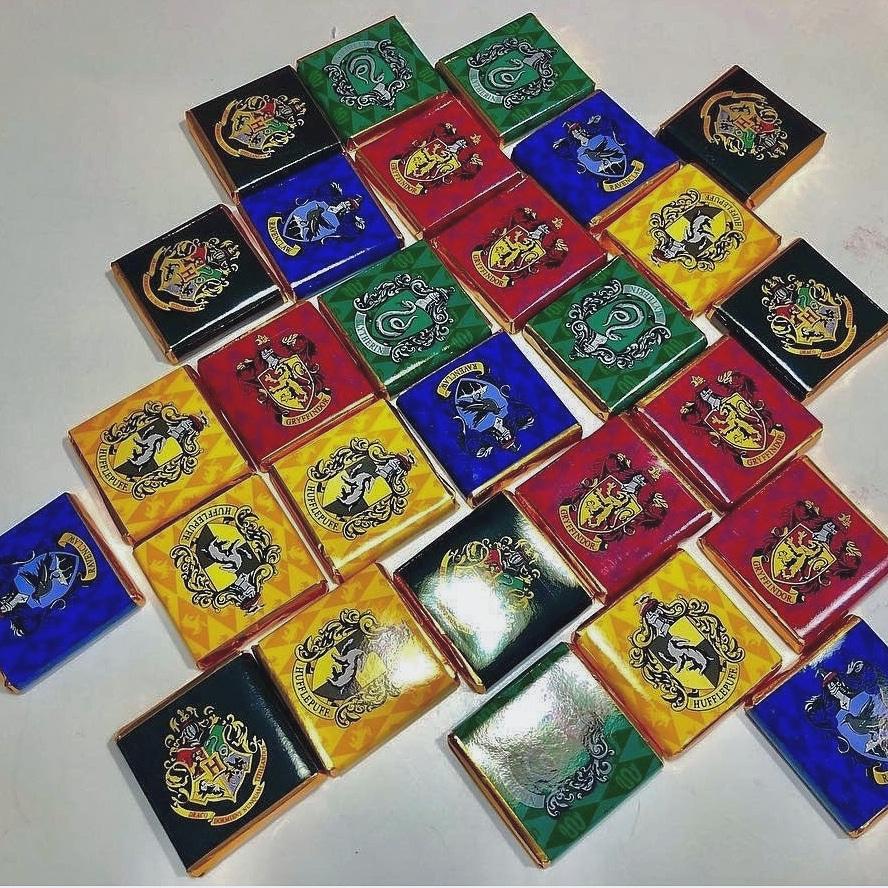 купить шоколадки с символикой факультетов