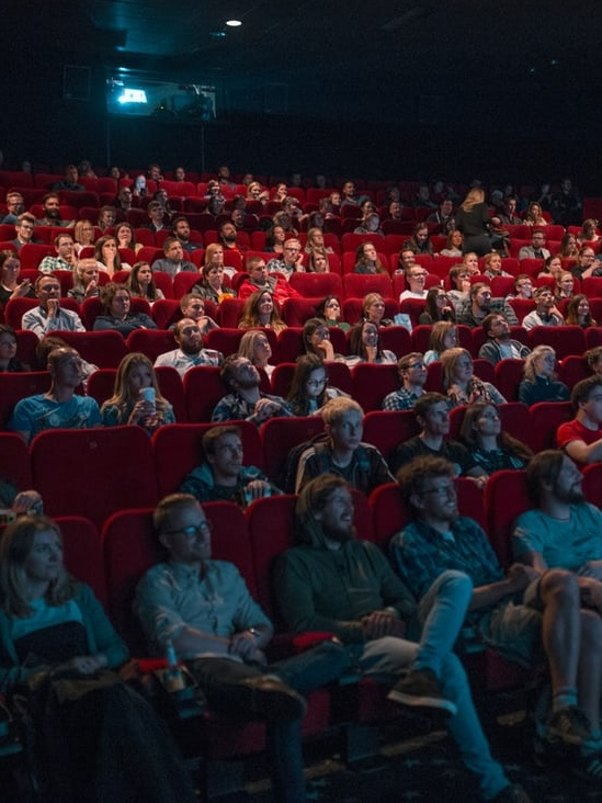 ночной нон-стоп в кинотеатре