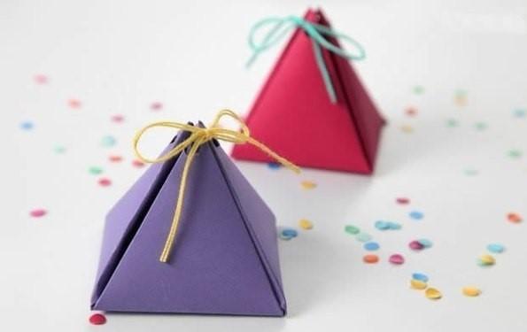 скачать шаблоны коробочек для подарков гостям на свадьбу